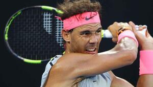 Nadal yerini korudu, Wozniacki zirveye çıktı