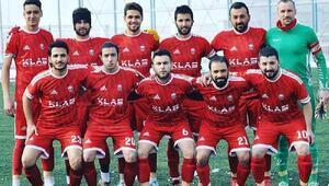 Kayseri'de Şehidimiz var maçı erteleyelim talebi reddedilince siyah forma giydiler
