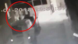 Trafikte tartıştılar evine kadar takip edip... CHPli başkanın kız kardeşlerine çirkin saldırı