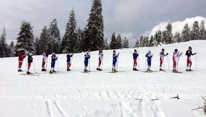 Kastamonu Yurdun Tepe Gençlik Spor Kulübü Takımı Ağrıya Ilgazda hazırlanıyor
