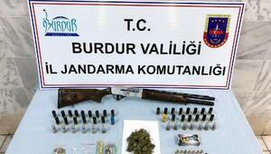 Jandarmadan uyuşturucu ve tarihi eser operasyonu