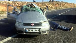 Trafik levhasına çarpan otomobil takla attı: 1 ölü, 5 yaralı