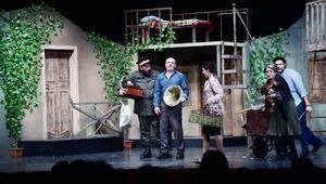 Harikalar Avlusu, tiyatro izleyicisiyle buluştu