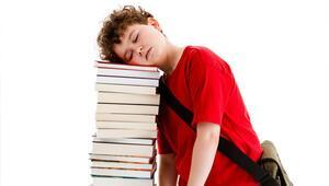 Okullar açılırken öğrencilerin uyku düzenine dikkat