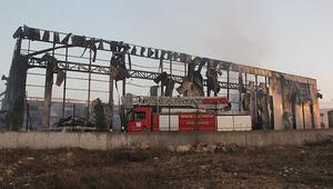 Parfüm fabrikası yandı, 70 milyon TL'lik hasar var