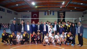 Hatay Büyükşehir Belediyespor - Altınözü Kaymakamlığı Voleybol Takımı: 3-0