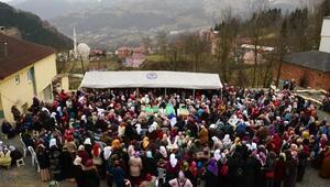 Almanyada ölen Trabzonlu 4 kişilik aile, son yolculuğuna uğurlandı
