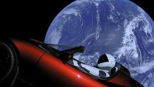 Elon Musk spor arabayı uzaya nasıl yolladı
