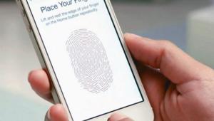 Apple iPhoneda Touch IDyi bitiriyor