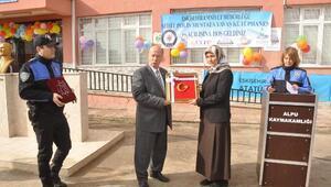 Şehit polisin adı Eskişehirdeki kütüphaneye verildi