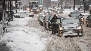 Chicagoyu kar fırtınası vurdu