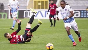 Trabzonspor 1er 1er eriyor...