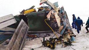 Rusya'nın başkentinde yolcu uçağı düştü: 71 ölü
