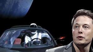 Muskın uzaya yolladığı Teslası 1 yılda paramparça olabilir