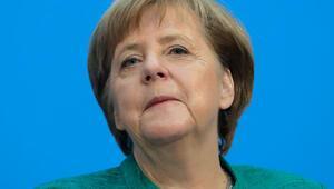 Merkel: İstikrar için bedel ödedik