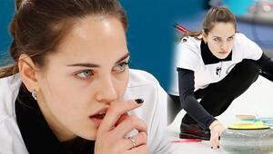 Curling sporuna ilgiyi artıran 'Rus Angelina Jolie' tarihe geçti