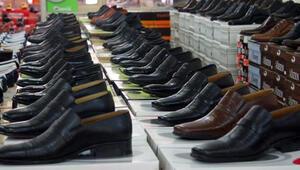 Türkiyede kişi başına yılda üç çift ayakkabı düşüyor