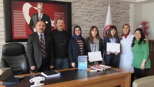 Liselilere 'Türkçeyi Doğru ve Güzel Kullanma' ödülü