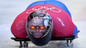 Bu bir kuş mu Uçak mı Hayır, o skeleton yarışçısı Dominic Parsons…