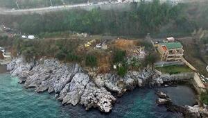 Zonguldakta deniz kenarındaki kaçak yapılar yıkılmaya başlandı