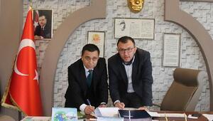 Umurbey Belediyesi'nde toplu iş sözleşmesi imzalandı
