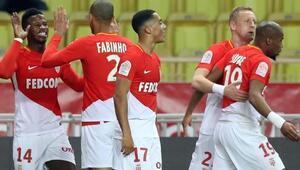 Monaco ezip geçti 4 çektiler...