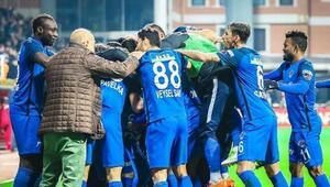 Galatasaraya şarkılı gönderme