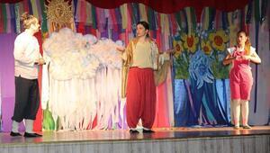 Adile Naşit Çocuk Tiyatrosu Günleri başladı