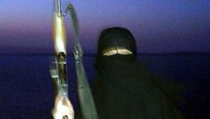 DEAŞın canlı bombası olduğu iddia edilen Suriyeli kadına tahliye