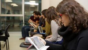 Ders kitapları artık çevirimiçi