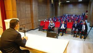 Başkan Fadıloğlu, öğrencilerle buluştu