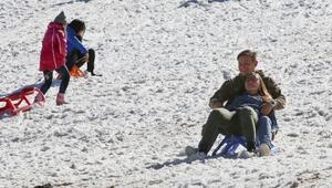 Saklıkentte kar eğlencesi