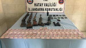 Hatayda uyuşturucu ve kaçakçılık operasyonu: 13 gözaltı