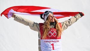 Snowboard kadınlar big air finalinde altın madalya Avusturyalı Gasserin