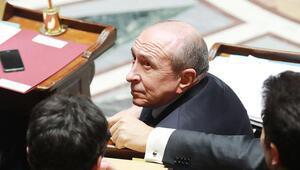 Fransa hükümeti sığınmacılar için yeni yasa hazırladı