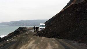 Tekirdağ- Şarköy yolunda toprak kayması