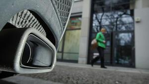 Almanya'da dizel kararı 27 Şubat'a ertelendi