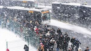 Hafta sonu hava nasıl olacak İstanbula kar yağacak mı işte yanıtı...