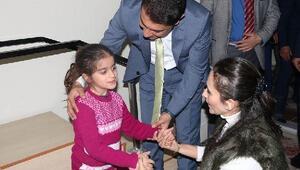 Kaymakam Önerden engelli çocuklara ziyaret