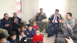 Afrin şehidine öğrencilerden dua