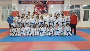 Şamiloğlu Spor Kulübü sporcuları Trakya liginden 31 madalya ile döndü