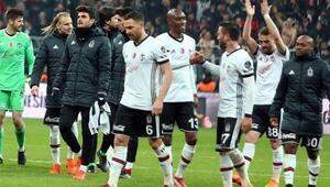 Beşiktaş ezeli rakiplerini ikiye katladı