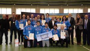Uludağ Üniversitesinde Avrupa'nın en başarılı öğrenci sporcuları ödüllendirildi