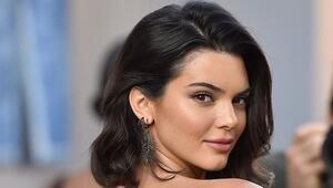 Ünlü manken Kendall Jennerın paylaştığı çıplak fotoğrafı olay yarattı