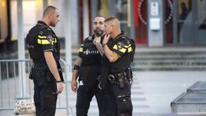 Hollandada başörtüsünü çıkarmak istemeyen 14 yaşındaki kıza saldırı
