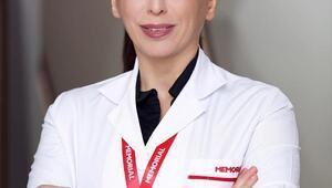 Uzm. Dr. Tüzün: Yüz felcine karşı kulaklarınızı koruyun