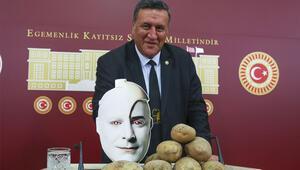 Patates üreticilerinin sorunlarını Cem Yılmazın filmiyle anlattı
