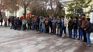 Erzurumda iki haftada 2 bin 500 kaçak yakalandı