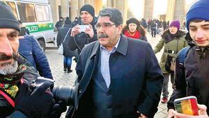 Salih Müslim Berlin'de PKK mitingine katıldı