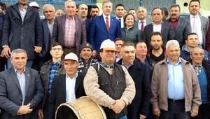 AK Partili Özdağdan Sarıgöl ziyareti